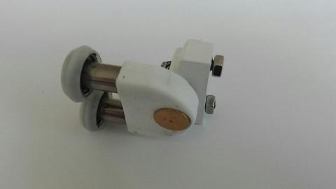 Rodamiento doble con soporte 18X6